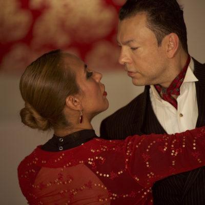 Tango 4Beginners Covent Garden entre Mina y Giraldo Bailando
